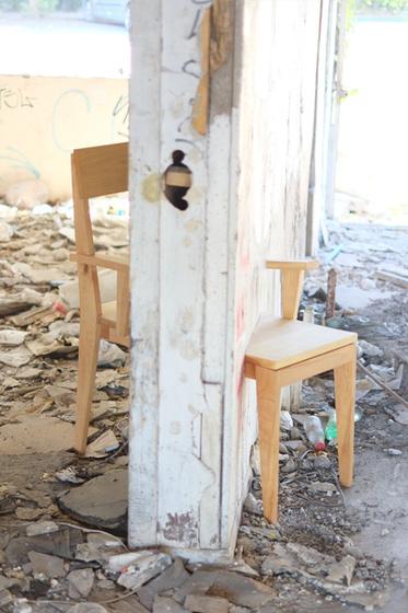 Hola Vecino! Lenga Chair
