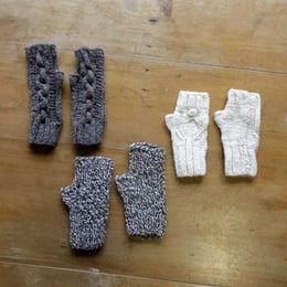Miton a palillos lana de oveja
