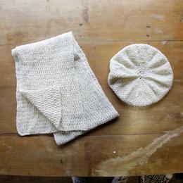 Boina con Bufanda tejidas a palillo en lana de oveja