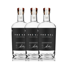 Trakal Destilado de la Patagonia Botella 700cc x3