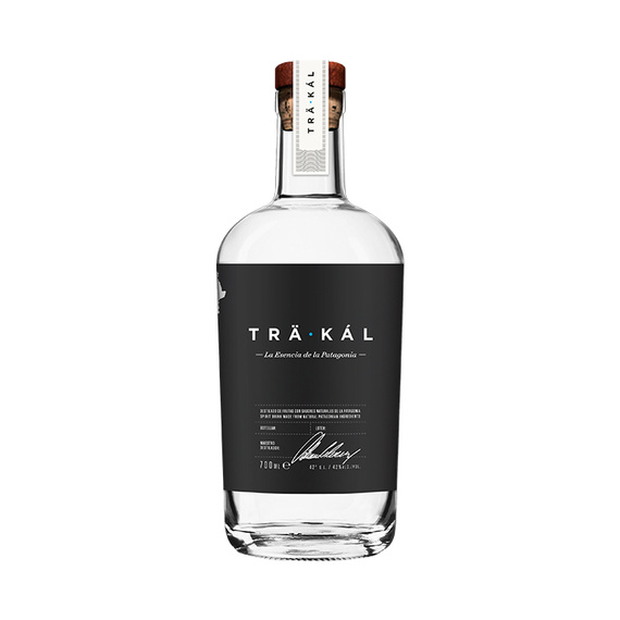 Trakal Destilado de la Patagonia Botella 700cc