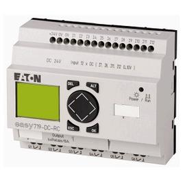 EASY700, Alimentación 24Vdc, 12DI (4 pueden ser análogas),  6DO Tipo relé 10A, pantalla y teclado, reloj tiempo real