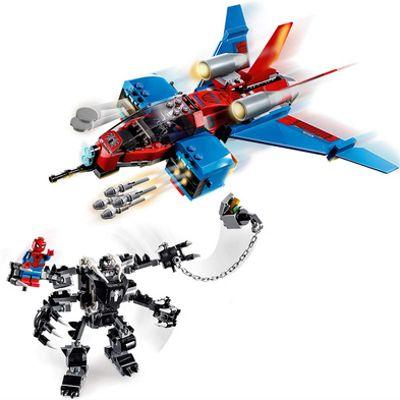 Jet Arácnido Vs. Armadura Robótica De Venom